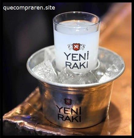 Raki turco