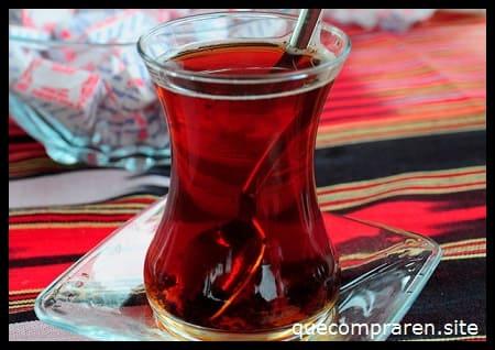 Té turco (Chai)