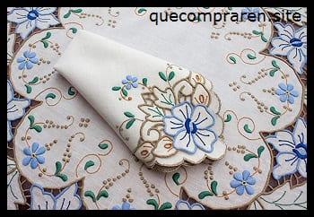 Los tradicionales bordados hechos a mano