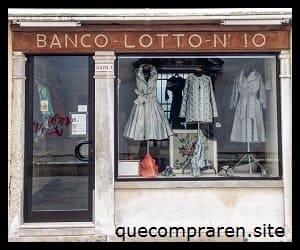 Ropa en Banco Lotto N.10