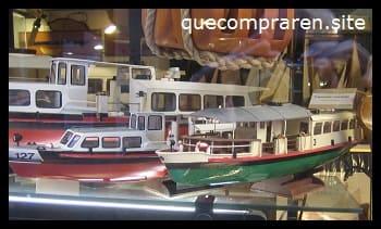 Barcos únicos hechos a mano